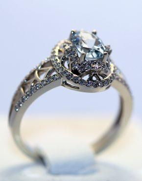 купить женское золотое кольцо