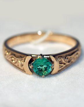 купить кольцо с изумрудом