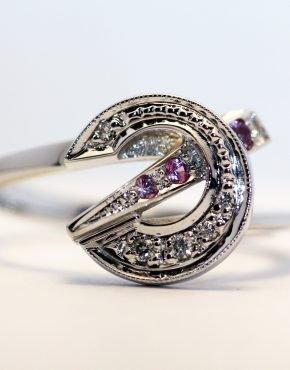 купить кольцо из белого золота 585
