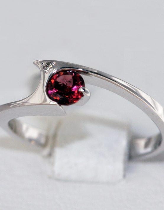 купить золотое кольцо с турмалином