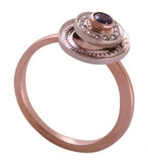 кольцо с подвижным элементом