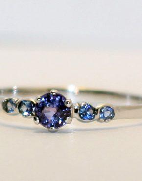 недорогое кольцо из белого золота