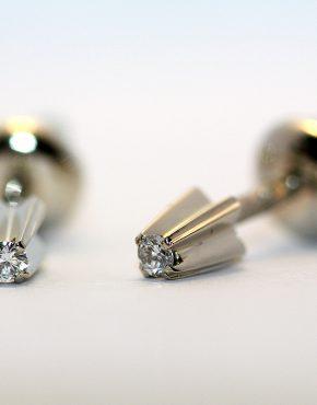 серьги с 1 бриллиантом