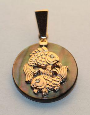 золотой знак зодиака