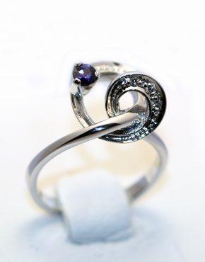 недорогое кольцо с бриллиантами