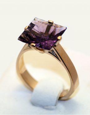 купить кольцо с аметистом