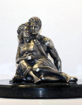 статуэтка из серебра
