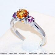 золотое кольцо с цветными