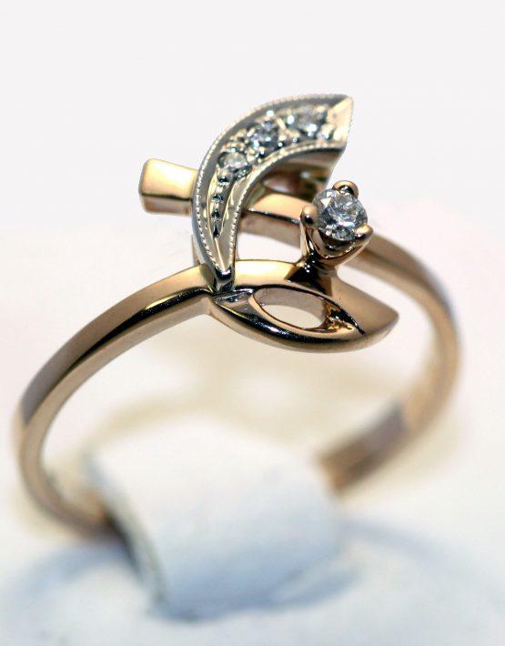 кольцо из золота комбинированного