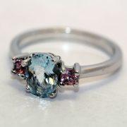 кольцо золотое с аквамарином