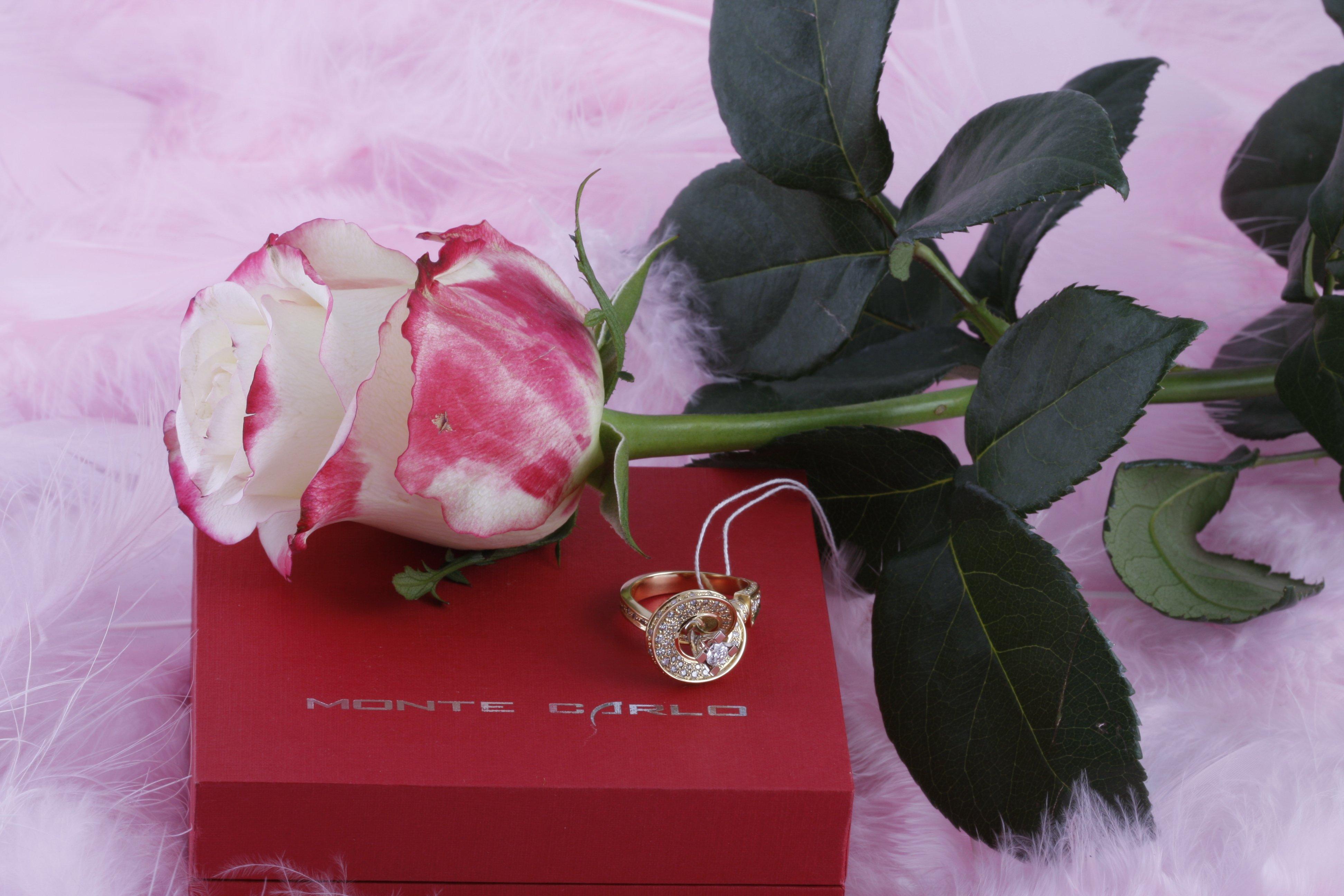 Подарки для девушек ювелирные украшения 51